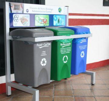 Contenedores de reciclaje ecológico