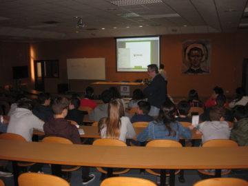 Charla de RD San Juan en el colegio Salesianos de Zaragoza acerca del reciclaje y los residuos