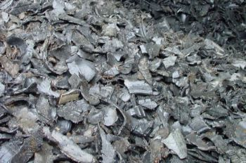 La gestión de los neumáticos fuera de uso es salvada por la industria cementera