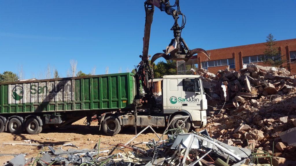 Demolición del IES Segundo Chomón de Teruel