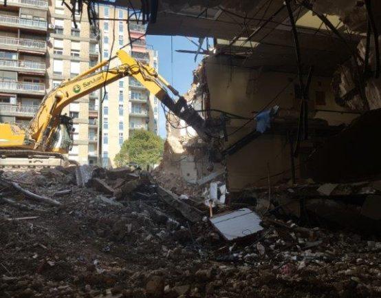 Demolición en las antiguas oficinas del Real Zaragoza