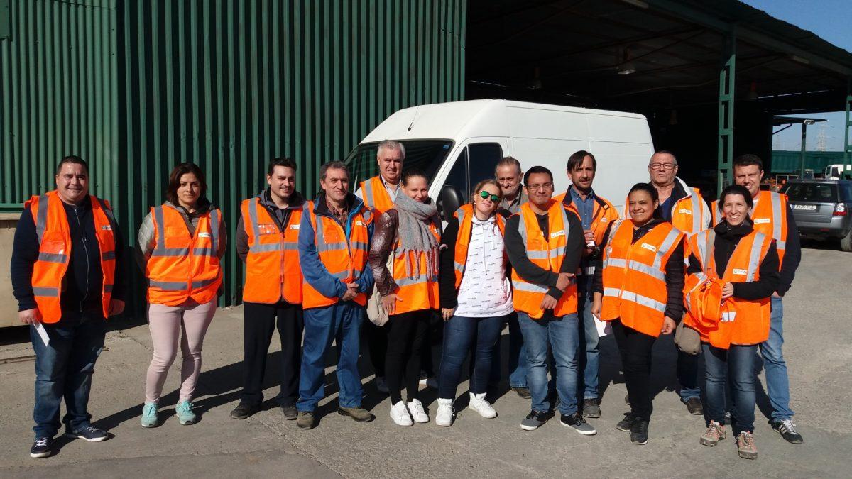 Visita de los alumnos del Centro de Formación Rio Gállego a las instalaciones de Reciclados y Demoliciones San Juan